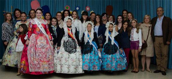 Hoguera Don Bosco: Imposición de banda a la presidenta infantil