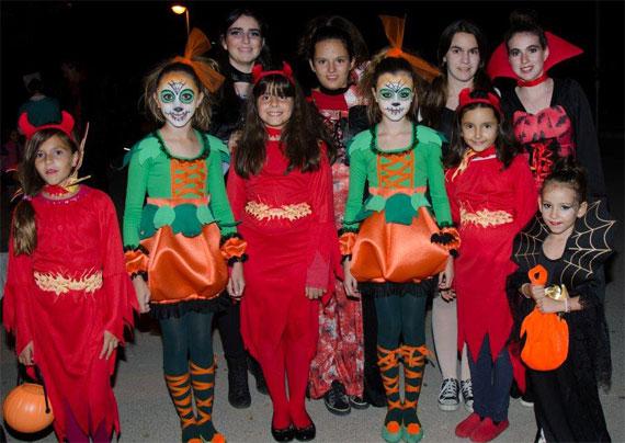 La hoguera Don Bosco celebró su fiesta Halloween Infantil
