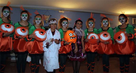 La Foguera Avda. de Loring-Estació celebra la fiesta de Halloween